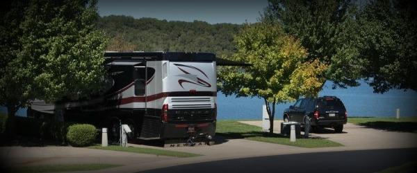 Texas Lake motorhome hire parking